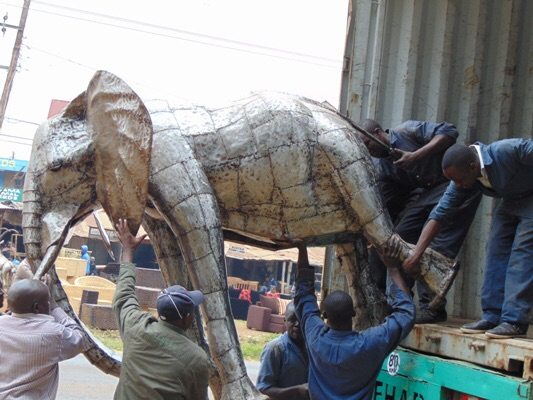 Pangea Sculpture Elephant Loading